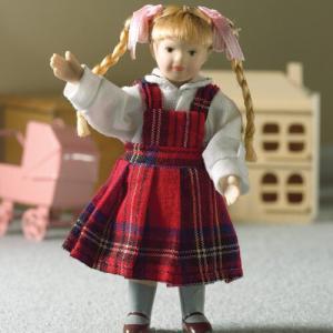 Barn flicka i rutig klänning Kirsty