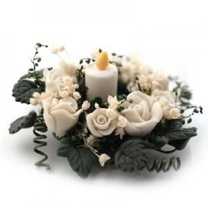 Bordsdekoration ljus blommor