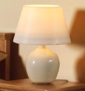 Bordslampa lampa med vit fot   EL