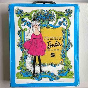 Barbie väska garderob mod blå grön