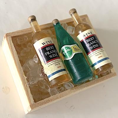 Låda vitt vin & Perrier på is