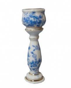 Blomkruka piedestal vit blåblom