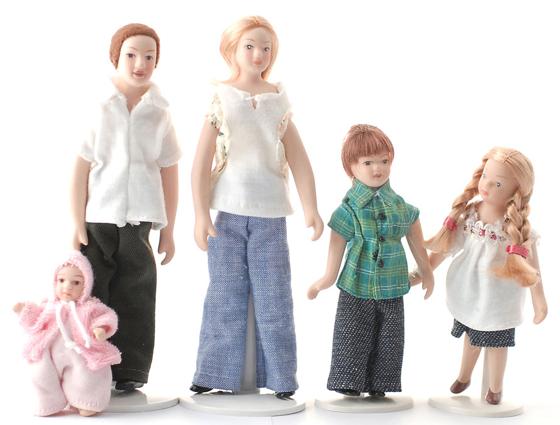 5 st dockor familj modern