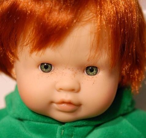 närliggande spansk rött hår