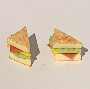 2 st sandwich / smörgåsar