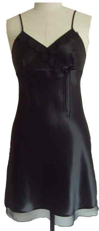 Siden nattlinne/Underklänning , design Ranja, i Silkessatin och Organza dekor