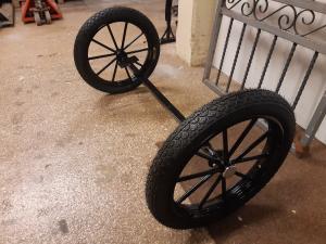 Komplett axel med hjul
