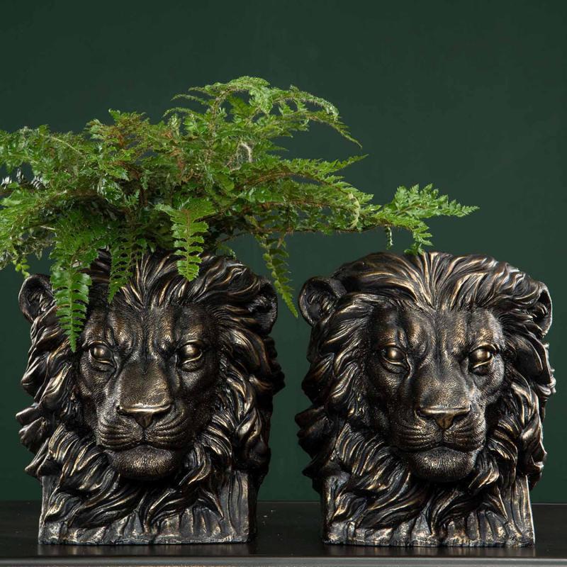 Lejonkruka- blomkruka i lejonform