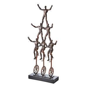 Pose staty- cyklande akrobater