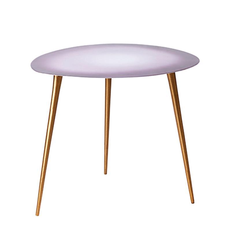 bord med tre ben
