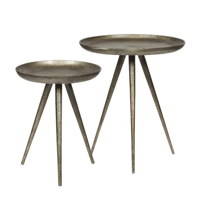 Metallbord med tre ben
