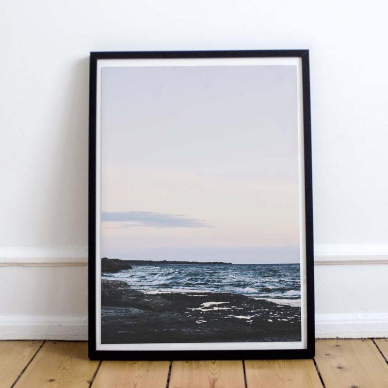 Poster - Byrum, vackert foto av havet en sommarkväll