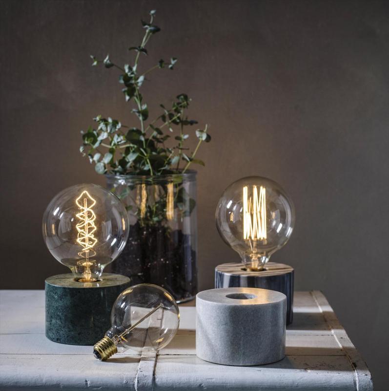 Lampfot i marmor för glödtrådslampa - Cortona