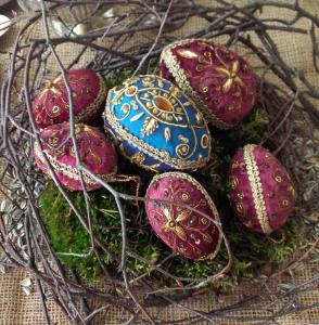Victorianskt påskägg i paljettprydd sammet - LILA