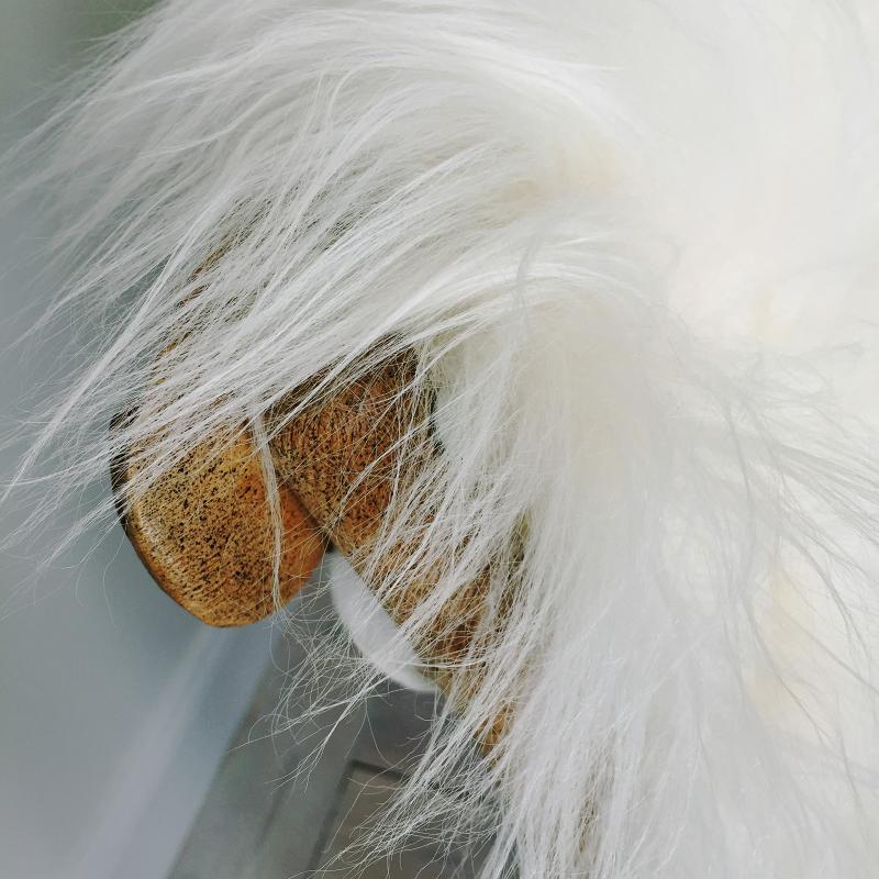 Vitt långhårigt fårskinn - vitt ekologiskt lammskinn