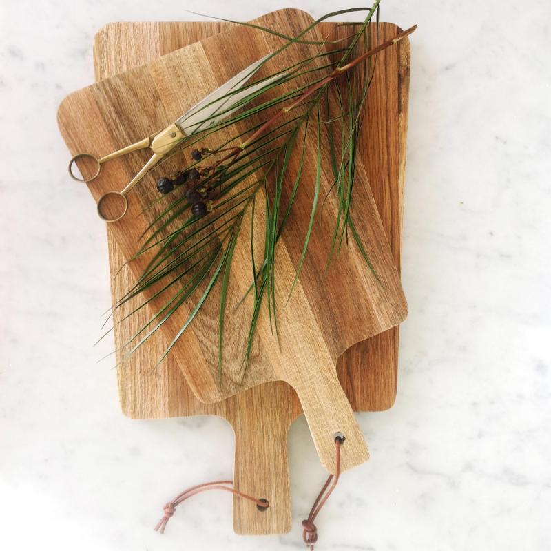 Skärbräda från House doctor i valnöt - mörk träskärbräda