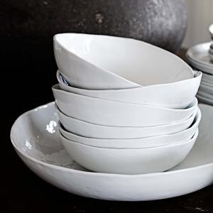 """Vit sopptallrik och skål - oregelbunden kant och form - """"Enkelhet"""""""