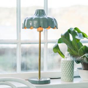 Wells bordslampa- Färgglad lampa i olika pastellfärger