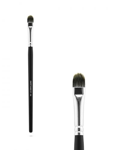 MAKEUP BRUSH 122