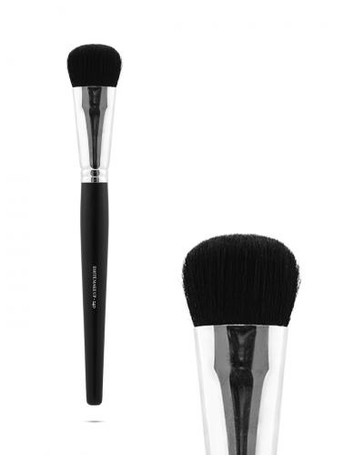 FOUNDATION / CONCEALER BRUSH 240