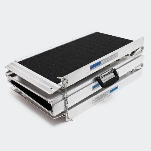 Dubbel hopfällbar rullstolramp aluminium 244x72x5 cm halkskydd