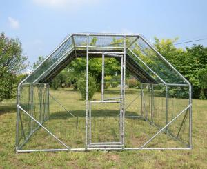 Hage 4x3x2 m Hönshus med vattentät soltak och dörr