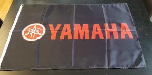 Flagga Yamaha svart 60x90cm