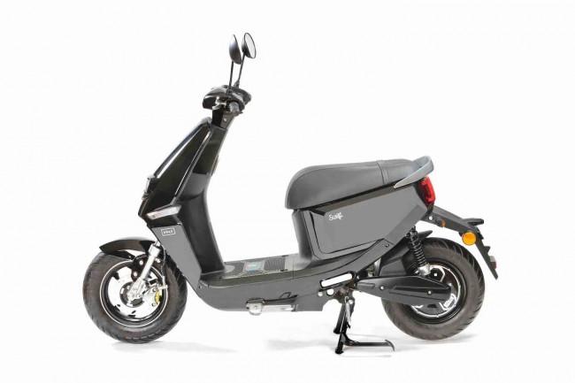 Retromoped och scooter