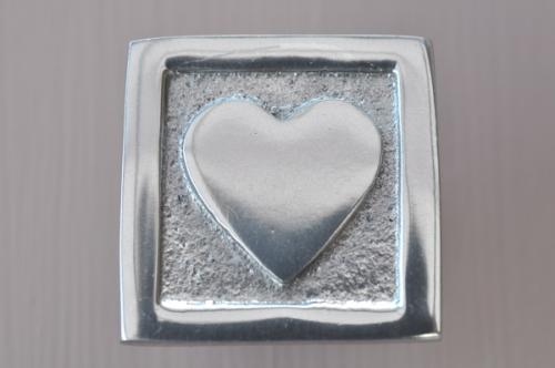 Knopp  Hjärta i kvadrat