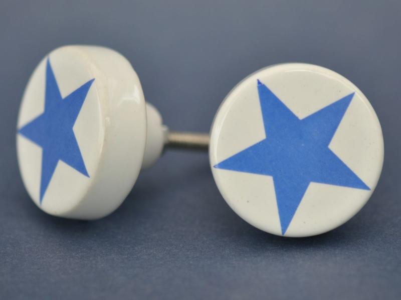 Porslinsknopp - Vit m Blå Stjärna