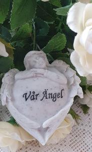 Gravsmyckning Litet Hjärta - Vår Ängel