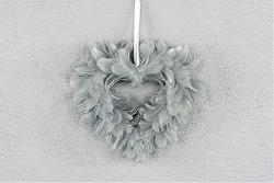 Hjärtformad Fjäder - Grå