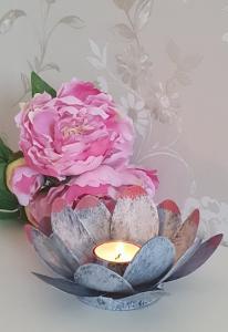 Ljushållare Blomma Grå