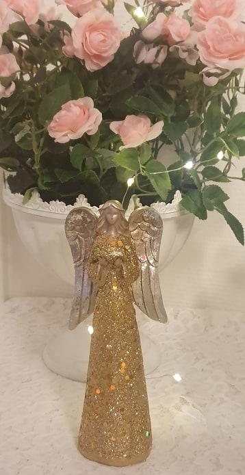 Ängel I Guld Med Silvervingar