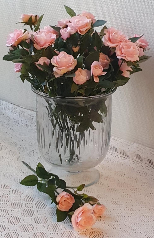 Rosa Rosor På Kvist 27 cm