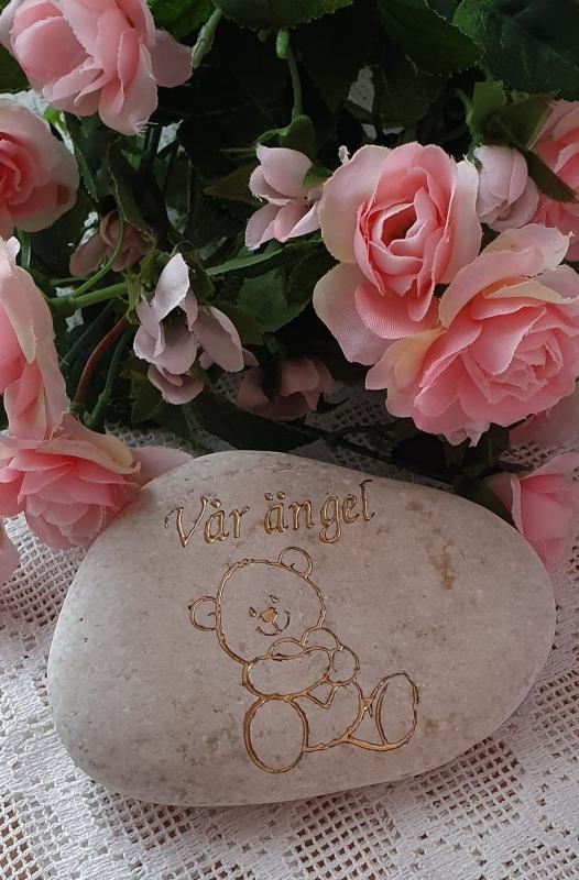 Sten Med Graverade Text - Vår Ängel