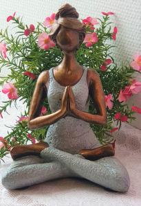Yoga kvinna - Grå