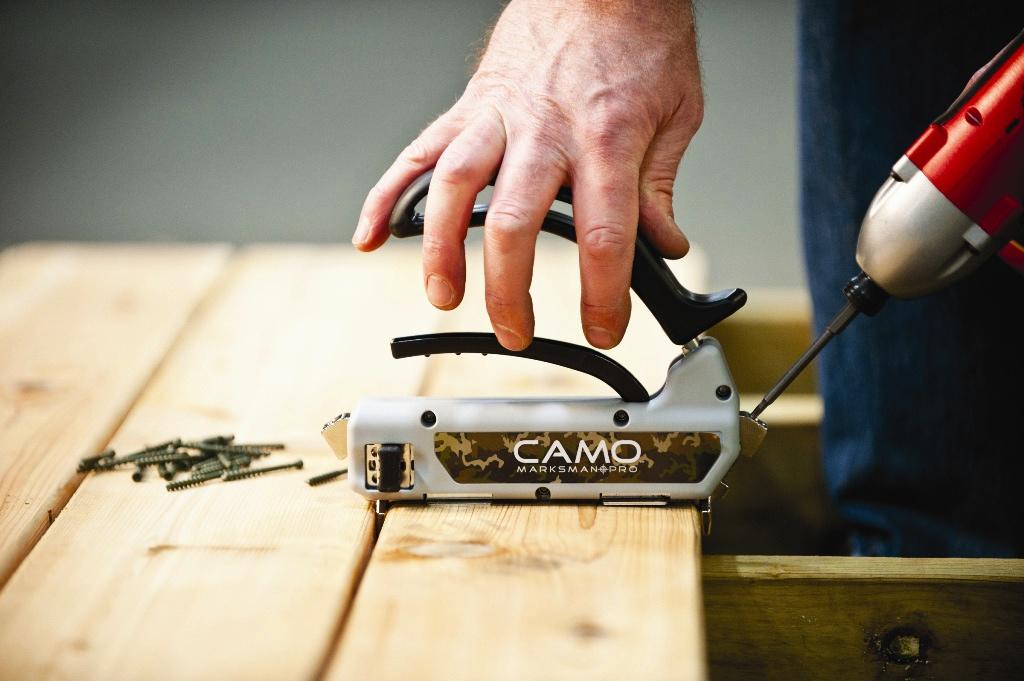 Att använda CAMO Camo dolda trallskruv