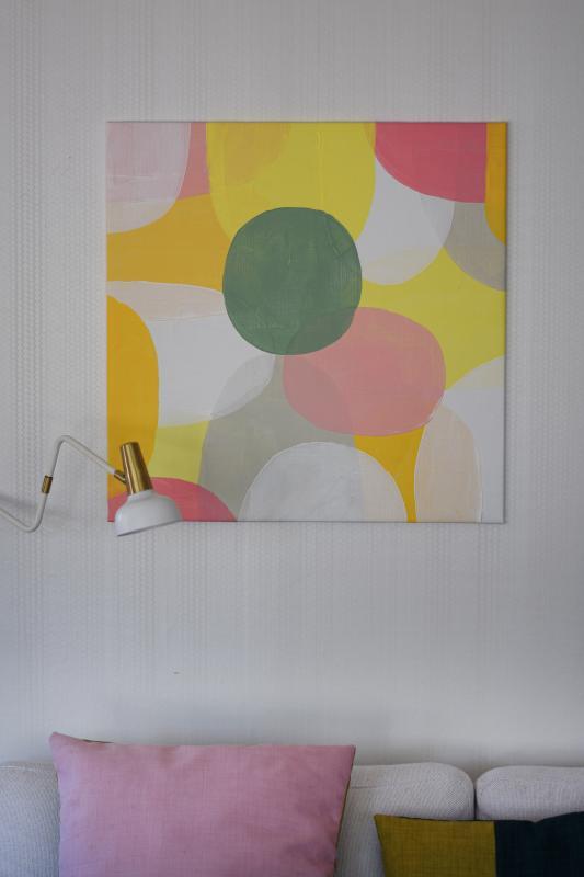 Yellow pastel