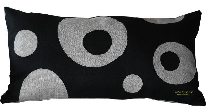 Dots padded pillow grey/black 65x35 cm