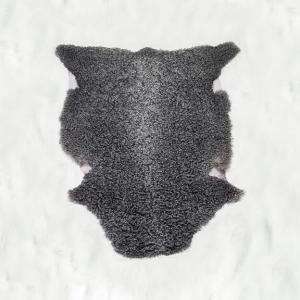 Nr. 002 Grått lammskinn, smålockigt från Smedstad fårgård