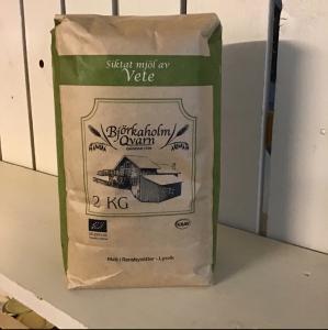 KRAV ekologiskt siktat vetemjöl från Björkeholms Qvarn i Lysvik 2 kg
