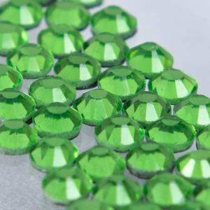 Hot-fix glittersten 4mm (Grass Green)