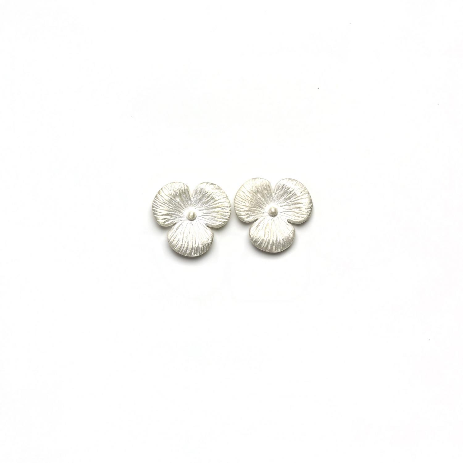 STUD EARRINGS FLOWER SILVER