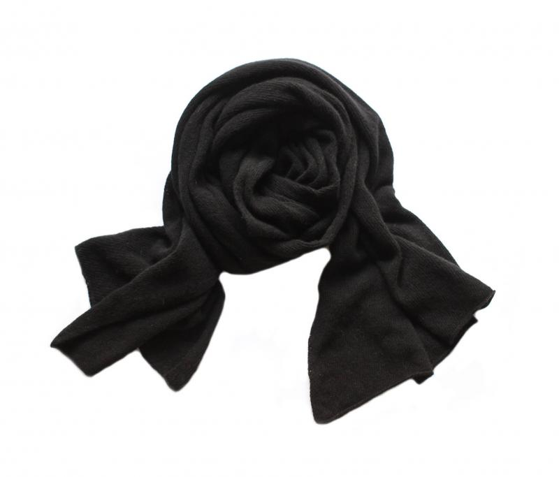 KNITTED CASHMERE SCARF BLACK