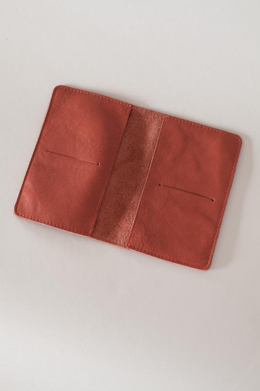 LEATHER PASSPORT COVER BURNT ORANGE