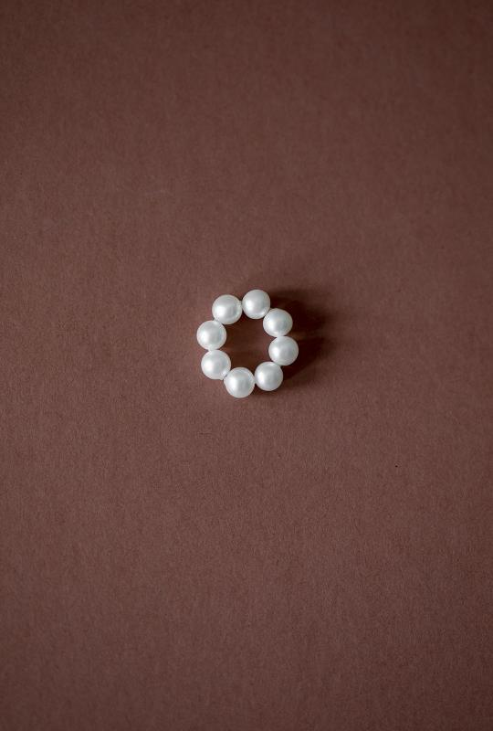 ADD-ON HOOP WITH PEARLS