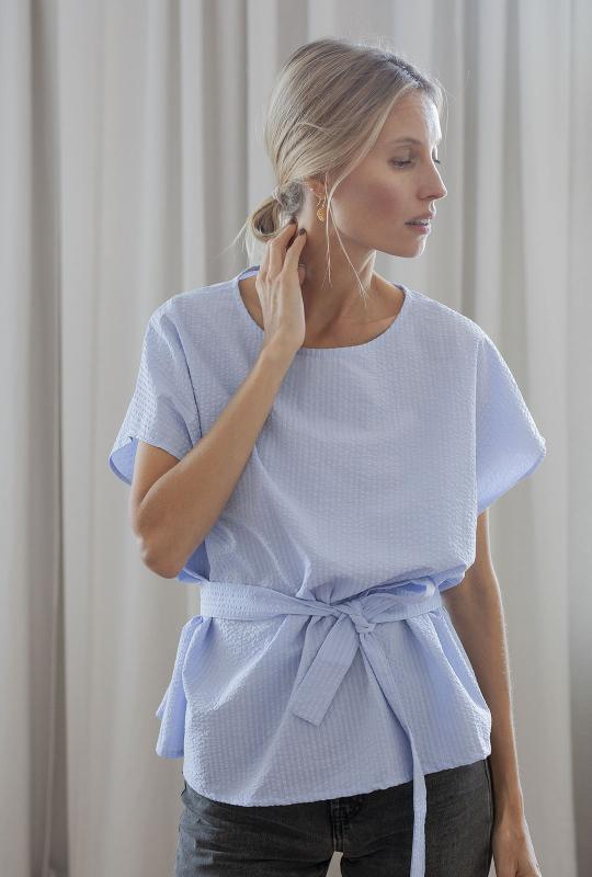 BOXY TOP LIGHT BLUE PRE-ORDER