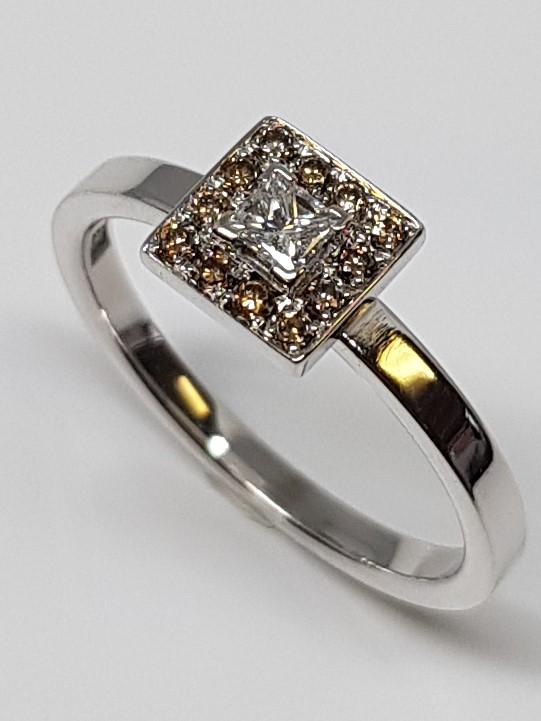 Carmosé ring 4-kant