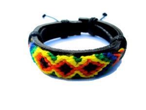 Läderarmband med mönster